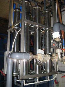 Обвязка оборудования из труб ПВХ